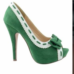 Chase and Chloe Green Pinup Heel Shoe Vintage